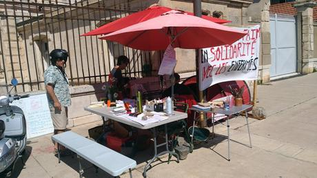 Grève de la faim au CRA de Sète.