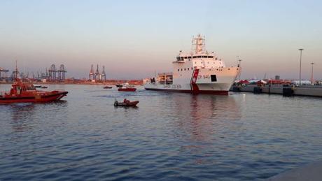 Retour sur la prise en charge des migrants et réfugiés de l'Aquarius