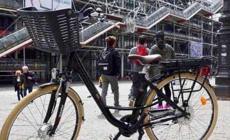 Pourquoi opter pour la vélo à assistance électrique à Paris ? (et ailleurs)