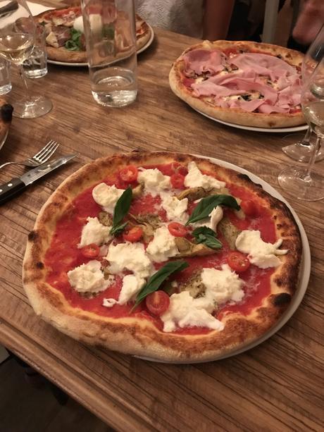 Tout nouveau, tout chaud : Pizzou, la pizzeria 100% française installée à Pigalle