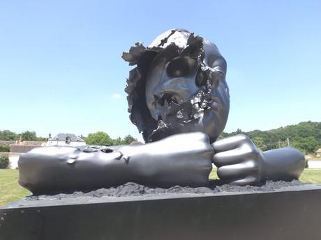 Philippe Pasqua à Chamarande : la mort en ce jardin
