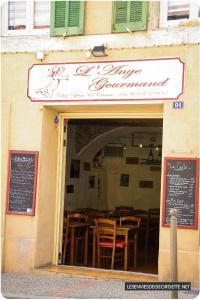 Mirabeau : Le village de Manon des Sources #roadtripvillagesdegites