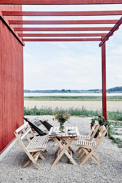Suède / Une grange écologique /