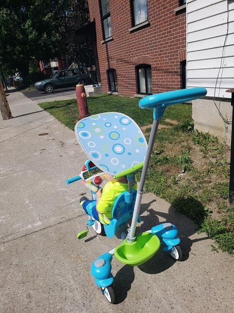 Marcus découvre des jouets signés LeapFrog et V-Tech pour l'été