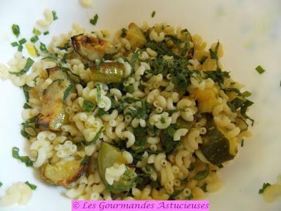 Salade de pâtes aux courgettes grillées (Vegan)