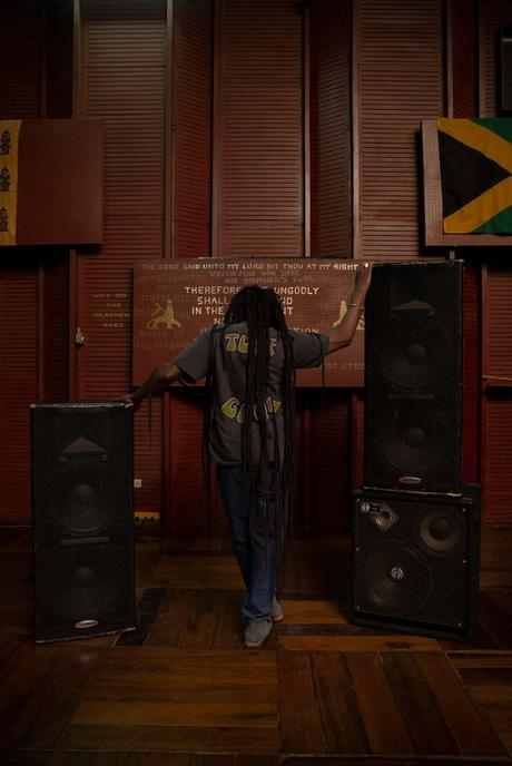 Stüssy lance une collection capsule en hommage à Bob Marley