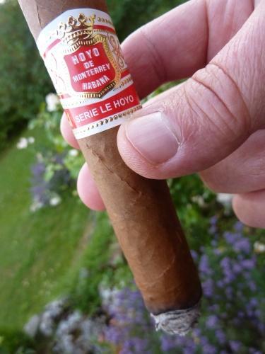 et à part ça,pause cigare,cigare cubain,havane,hoyo de monterrey,blog littéraire de christian cottet-emard,série le hoyo