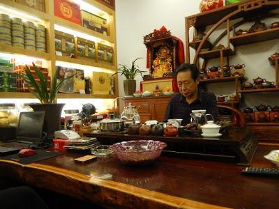 Chez le marchand de thé à Dali