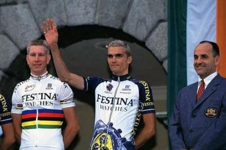 Les maillots mythiques des équipes du Tour de France
