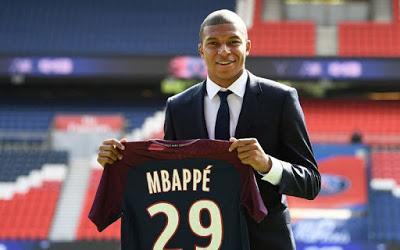 Kylian Mbappé: Comment cette vedette de la Coupe du monde de 19 ans est passée d'un quartier pauvre à 1,7 million $ par mois