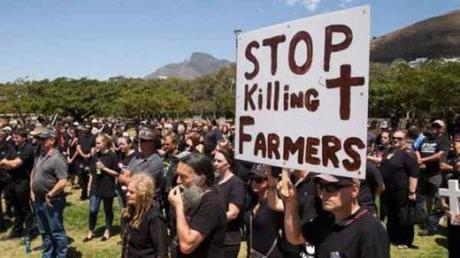 Des familles de fermiers blancs sud-africains se réfugient en Russie