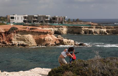 Chypre : Les phoques moines, objet d'une confrontation entre promoteurs immobiliers et défenseurs de l'environnement
