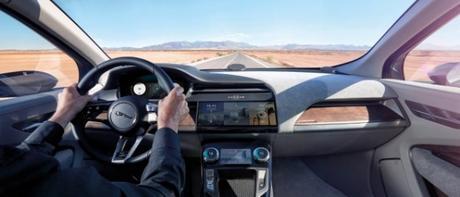 Jaguar Land Rover (JLR) se lance dans les voitures connectées grâce à Transatel !