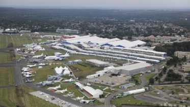 Farnborough Airshow: Airbus grossit son carnet de commandes en A320neo
