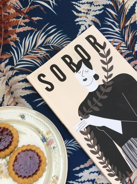 Soror : enfin une revue qui prône la solidarité entre femmes !