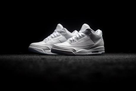 Air Jordan 3 Triple White