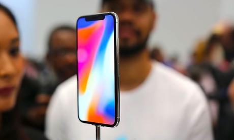 iPhone X à 899€ au lieu de 1199€