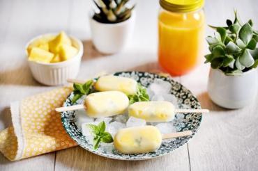 Recette bio :Glaces bio et vegan ananas et menthe par Sojade