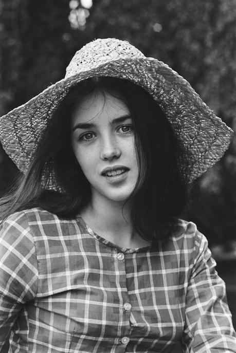 A Guide To Cool : Volume 47 – Isabelle Adjani