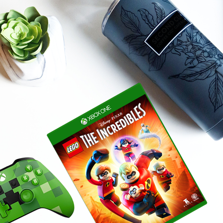Lego The Incredibles au Xbox One et on joue dehors...