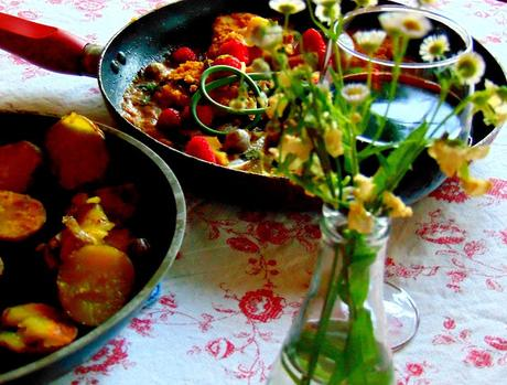 Escalopes à la poêle avec sauce aux petits fruits et frauxmage
