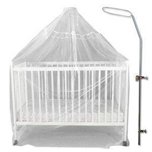 moustiquaire bébé et ciel de lit
