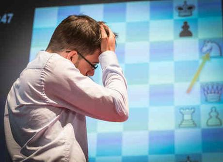 Journée difficile pour Maxime Vachier-Lagrave défait par Magnus Carlsen - Photo © Lennart Ootes