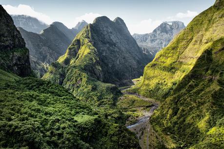 Quels sont les enjeux d'un tourisme insulaire pour ses résidents ?