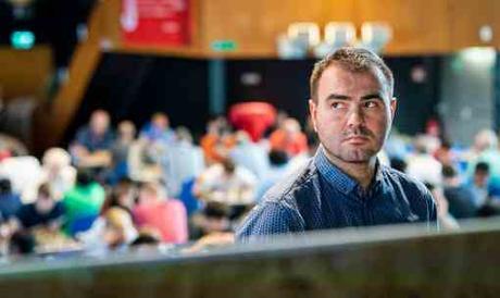 Journée cauchemardesque pour Maxime Vachier-Lagrave qui perd à nouveau face à Shakhriyar Mamedyarov, après Magnus Carlsen - Photo © Lennart Ootes