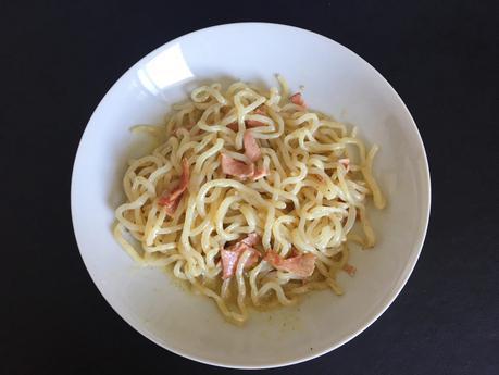 Nouilles de konjac à la crème et au bacon grillé