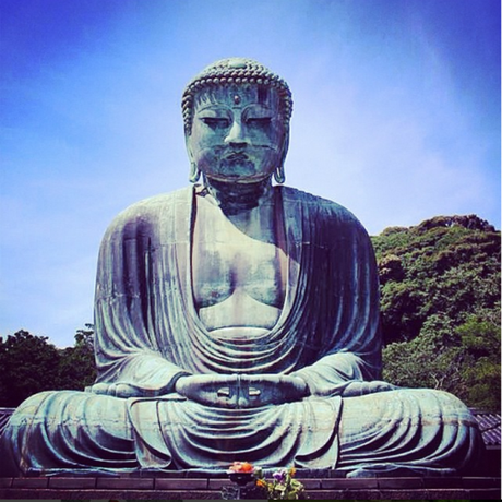 Le temple bouddhiste Kotoku-in et Daibutsu, le grand Bouddha assis