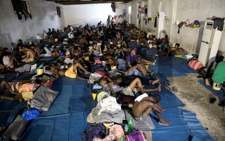 MSF dénonce la détérioration des conditions de détention des migrants en Libye