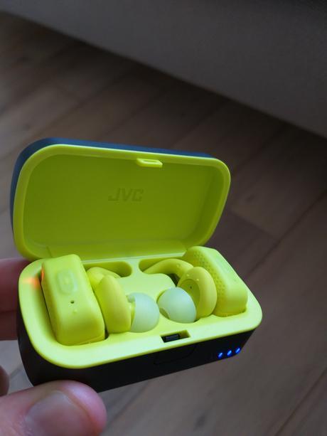 Petite présentation des écouteurs SPORT ET90BT de chez JVC.
