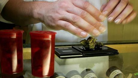 Le Royaume-Uni va autoriser le cannabis thérapeutique