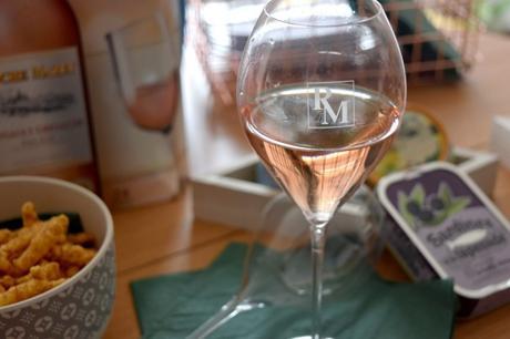 Le rosé Roche Mazet s'invite à l'apéritif
