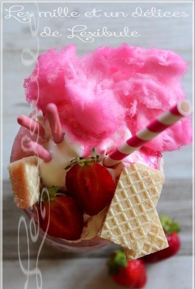 ~Lait frappé aux fraises très gourmand~