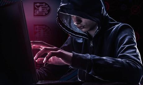À 16 ans, il a réussi à pirater des serveurs d'Apple