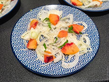 Bluffant ! – Salade de fenouil, pêche et basilic