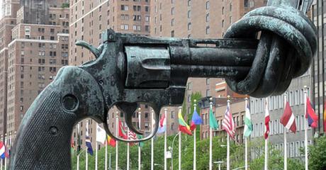 Commerce des armes : le CICR inquiet du respect insuffisant des engagements pris par les Etats
