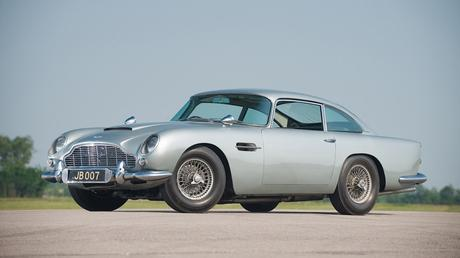 aston-martin-james-bond-4232