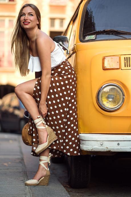 Jupe midi à pois et combi Volkswagen !
