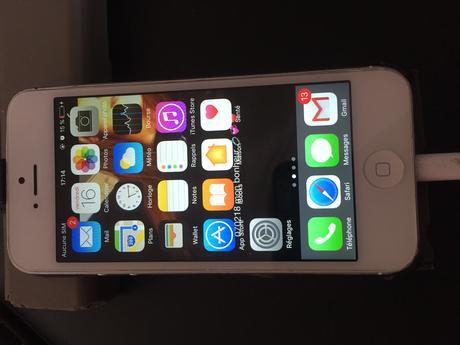 Paru Vendu disponible sur les IPhone et les smartphones Android