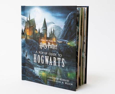 Harry Potter : un nouveau grand livre pop-up de Poudlard