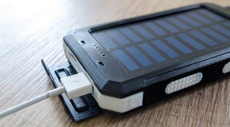 Top 3 des meilleurs chargeurs de batterie solaire