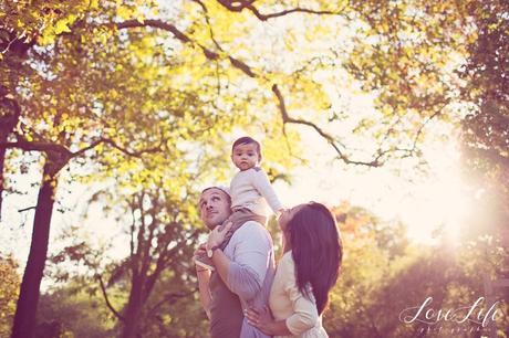 Photos de famille naturelles automne Puteaux