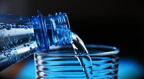 H2O – Le scandale est dans votre verre d'eau