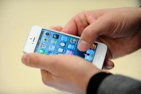 Le TOP 6 des bons plans et astuces pour payer son forfait de téléphone pas cher