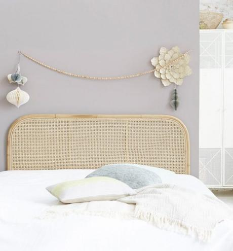 tête de lit en rotin canne cannage tendance 70s chambre hygge cosy blog deco clem around the corner