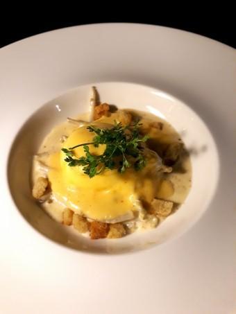 Houblon, œufs Bénédicte © Gourmets&co