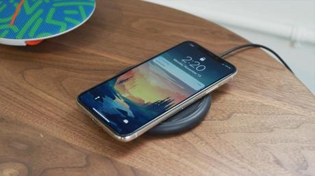 Les iPhone de 2018 dotés d'une recharge sans fil plus efficace ?